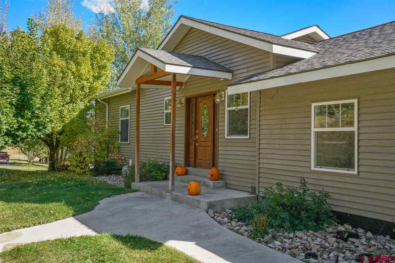 2287-CR-207 Durango Real Estate